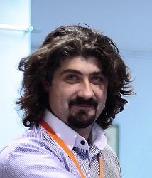 Светослав Петров